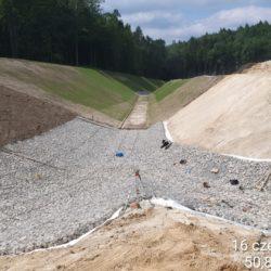 Nowy przebieg koryta rzeki Karasiówka - km 1+750