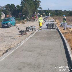 Budowa chodnika na dojeżdzie do obiektu WD-10 km 8+998
