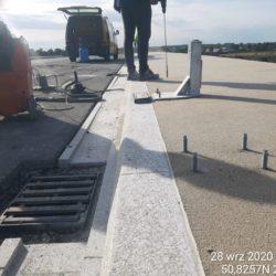 Montaż kotew pod bariery WD-7 km 5+178