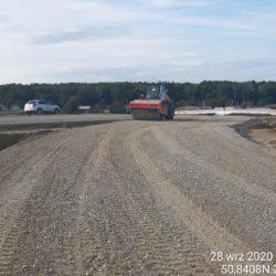 Zagęszczanie podbudowy z kruszywa łącznica L02L Węzeł Szastarka