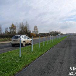 Wbijanie słupków pod bariery liniowe w km 16+500