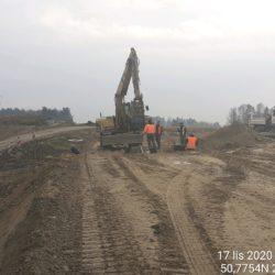 Wykonanie wykopu oraz montaż studni 10+850