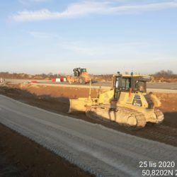 Profilowanie terenu w pasie drogowym 7+600