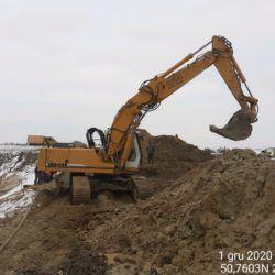 Wykonanie wykopu pod studnie 12+500