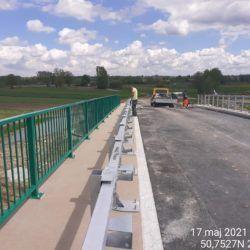 Montaż barier stalowych na obiekcie WD-15 13+377