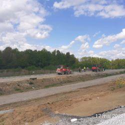 Wykonanie korytka betonowego na drodze dojazdowej 11+040