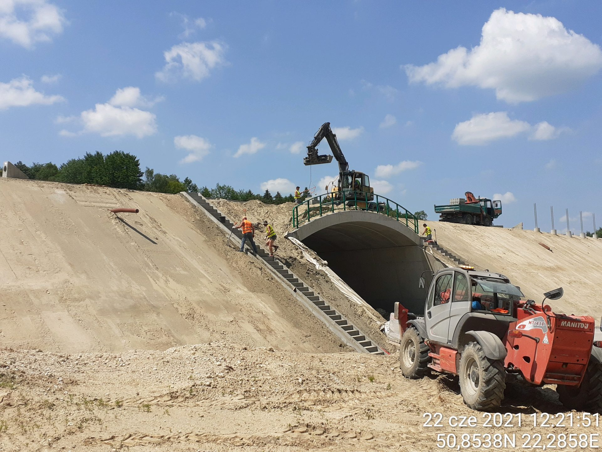 Wykonanie schodów betonowych na obiekcie WS-3 1+855